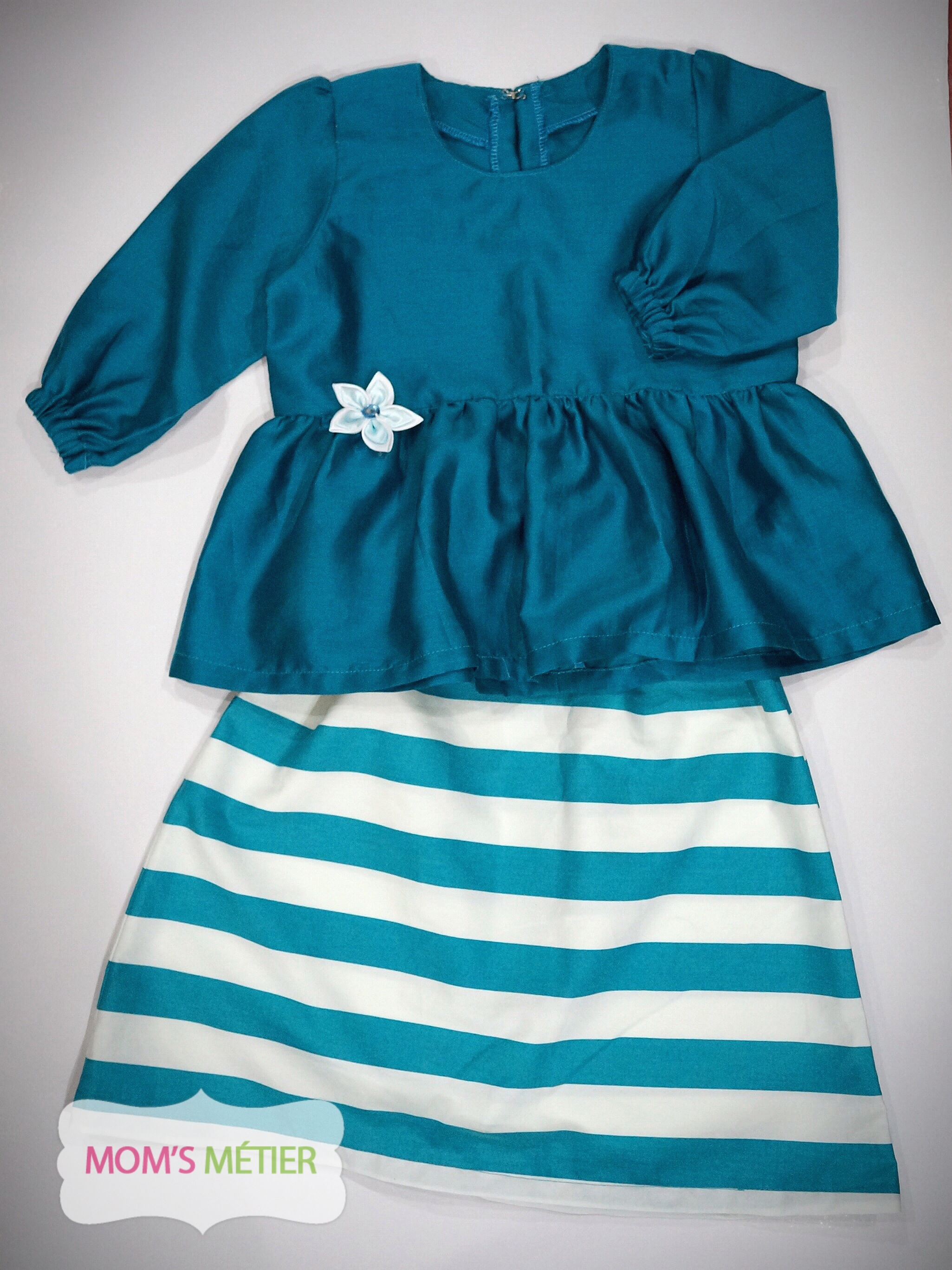 DARK TURQUOISE STRIPES